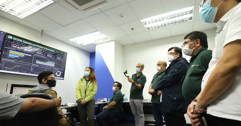 Mayor Jerry Trenas visits MORE Power Corporate Office and Control Center