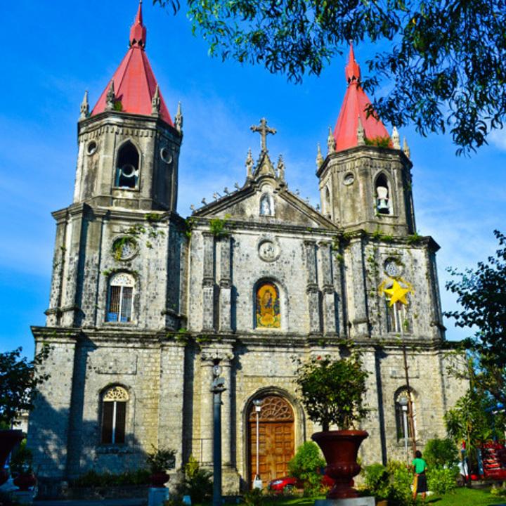 Molo Church