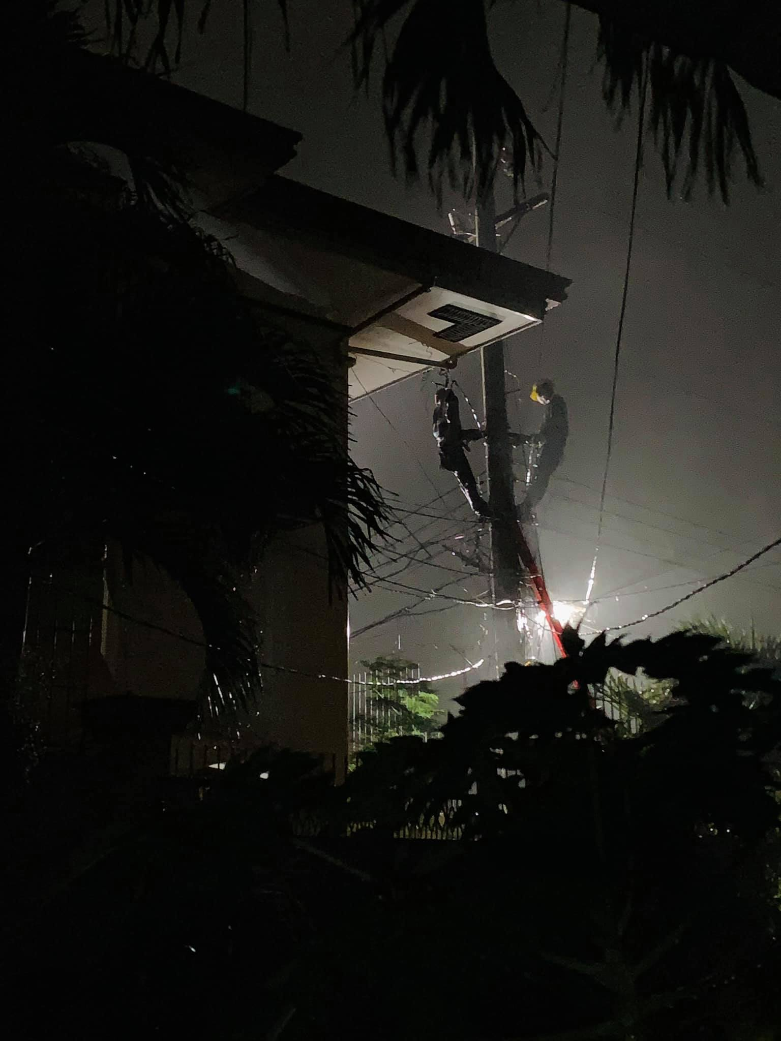 Accidental contact to posts and power lines
