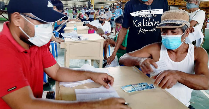 DSWD cash assistance to Iloilo families, individuals